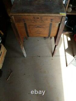 ANTIQUE WOODEN #2 STANDARD CO. BUTTER CHURN 7 GAL. WithDECALS FROM 1880's