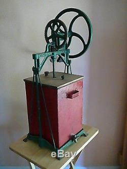 Antique Dazey 4 Gallon Metal Butter Churn Patented April 16,1907 Nice Condition