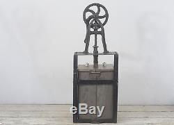 Antique Metal Butter Churn Frame and Mechanism Wood Star Shaped Paddle 904, 903
