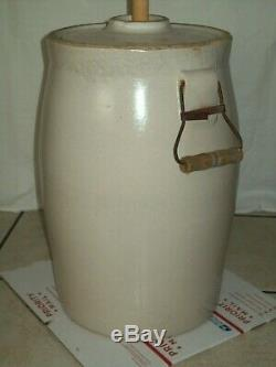 Rare Blue Eagle #5 Butter Churn Crock This Old Churn Comes with Lid & Dasher